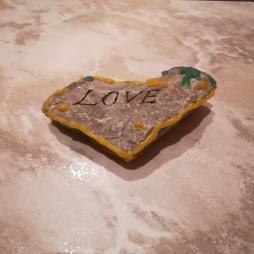 Znalazłem kamień z napisem